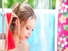 Rubia ducha, Niñas dedos, Jovencitas duchandose, Jovencitas al aire libre, Dedo en e