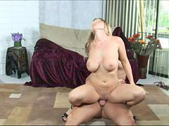 Bounce, Stiff, Devon lee, Devon, Bouncing, Thied pussy