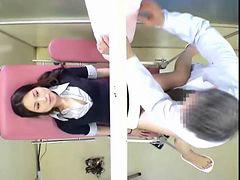 스캔들, 산부인과의사