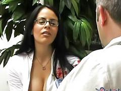 Solo masturbacija devojcice, Devojcice solo masturbacija, Liječnik