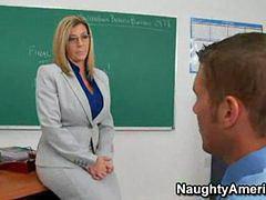 Saraşım, Kücük öretmen, Sarıü, Öğretmen, Ilk kez, Ilk