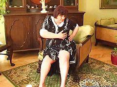 Abuelitas enculadas, Abuelas follando, Cogiendo consolador