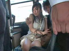 Adolecentes en el bus, En el bus, A tientas bus, Tocamientos en bus, Tientas, Mañoseadas