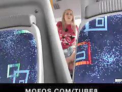 Konulu sarışın, Konulu kamu, Otobüs,, Otobüs otobüs, Yakalandım, Otobüste