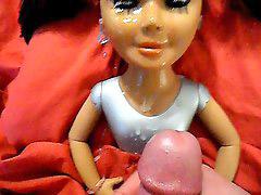 Muñecos cogiendo, Muñecas sexuales, Corridas faciales enormes, Muñecas