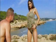 ى الشاطئ, نكاح اسبانى, مني الفتاه, ع الشاطىء, شواطئ, بنت على بنات