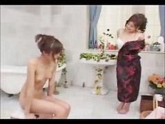 Dama, Madura seduciendo niña, Público niñas, Señora seduciendo, Seduciendo a una niña, Seduciendo a maduras
