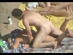 Public, Beach