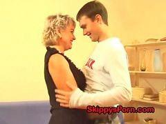 ابنها, الام روسيا, امهات الام, امهات امهات, امهات الام, امهات,, الام ابن, امهات روسي