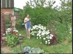 في الحديقه, فتيات روسيات, في العراه, في البنت, جنات, حديقه العراه