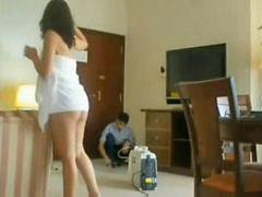 زیر د, Yدادند, کردن سهیلا, نظافتچي هتل, كردن نظافت چي, به زۆر