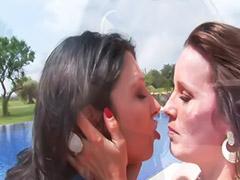 Sex remaja lesbi, Lesbian remaja dan remaja, Lesbian cium ciuman, Onani,di luar rumah, Onani diluar ruangan, Cium ciuman remaja lesbi