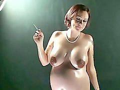 Pregnant, Smoking
