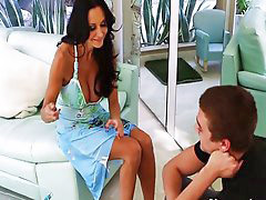 Friends mom, Ava addams