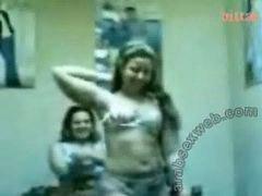Dos juntas, Bailes, G a y, Dos putos cojiendo, Bailando y cogiendo, Bailado