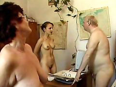Nudist, Nudisták, Nudists, Office