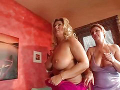 Mom, Mom bust, Czech mom, Czech party, Party czech, Mom busty