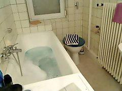 Take bath, Take a bath, A bath, Bathing, Bath