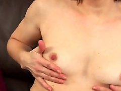 Pussy spreading, Pussi mom, Spreads her, Spreading pussies, Nipples mature, Milf spreading