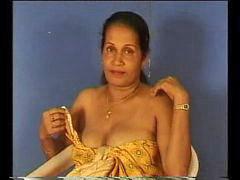 Auntys, Intialainen