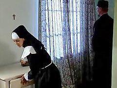 Nun biarawati, Fuck biarawati, Biarawati, Di tiduri