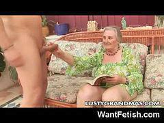 Granny, Yoyo, Yo c, Vıdıyo, Fucking granny, Dövüyo
