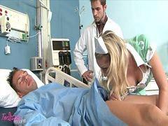 ممرضه هنديه, ممرضة مع ممرضة, ممرضات مع ممرضات, ممرضات شقراوات, ممرضات شقراء, مع ممرضه
