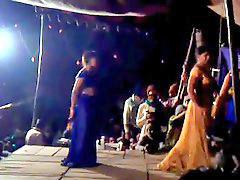 Público niñas, Niñas bailando, Indias