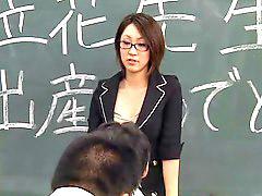 일본교사, 침 뱉기, 일본 페이스, 교생선생님, 교생, 일본 여선생