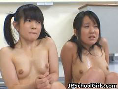 تنبیه دانش آموزان دختر, دختر دبیرستانی, دانشجو, دانش آموزان, آسیایی