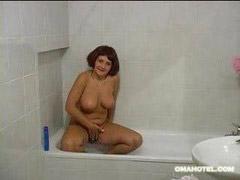 Granny, Younger, Granny young, Bath, Granny younger, Granny bathing
