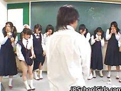 مبيت الطلاب, الاسيويه 2, في الفصول الدراسيه, Rاسيوى, في يو, في طالبة