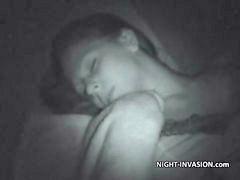 Uykuda sikiyor t, Uykuda siken t, Uykuda siken, Uyku uyurken, Uyuyan uyurken uyu uyku uyuyan uyurken, Uyuyan uyurken