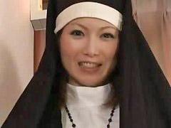 Nuns l, A nuns, A nun, Cream inside, ืnuns, يبىنتnun